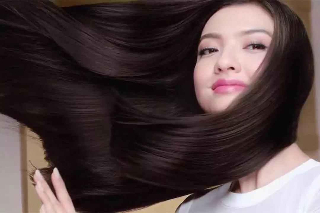 Ingin Rambut Rebonding Anda Tetap Lurus? Ini Tipsnya